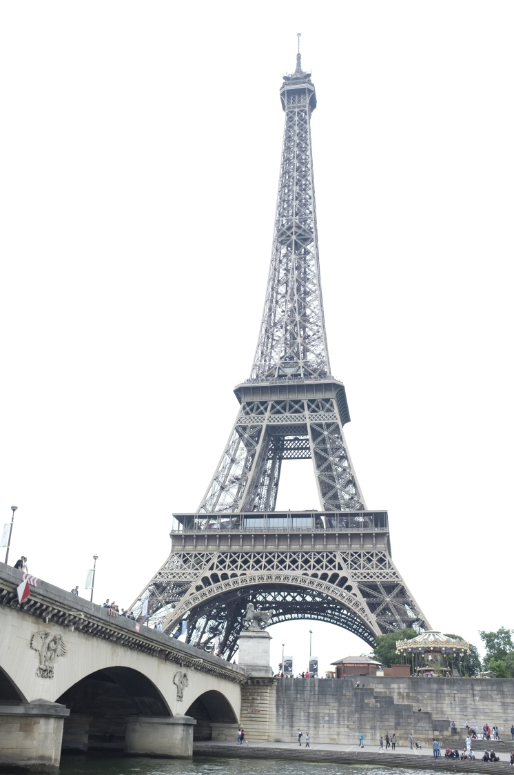 View of the Eiffel Tower from the Seine