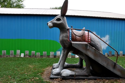 The big rabbit and the small rabbit graves